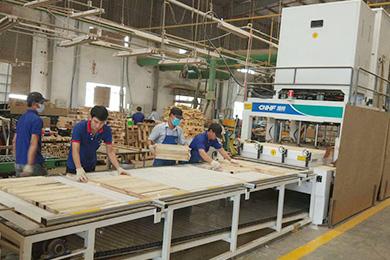 HF board joining machine scene in Vietnam